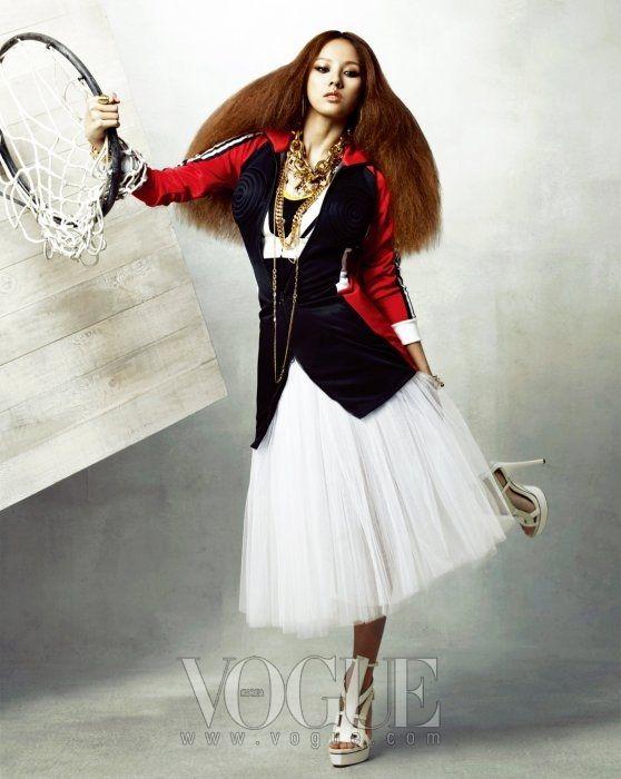 """Who's Got The Power"" | Model: Lee Hyo-ri, Photographer: Hong Jang Hyun, Vogue Korea, May 2010"