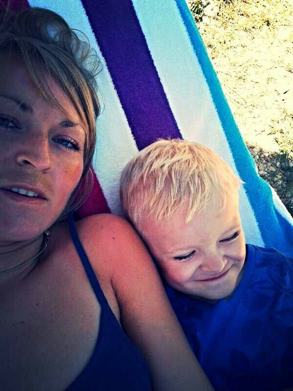 #love #mama #dobrzenam #fun #joy #ciepło #wstajępiękna #smile #dziecko #plaża #keri