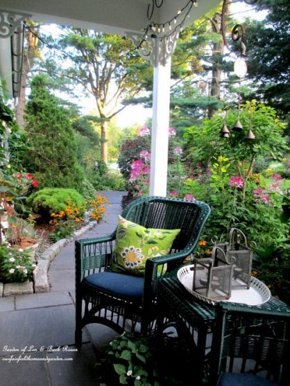 10 Charming Seating Areas From The Garden Charmers