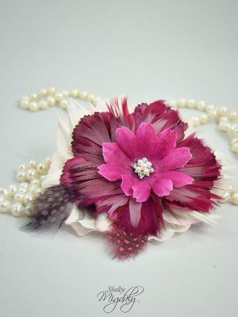 Wedding feather fascinator. Burgundy and fuchsia flower fascinator.