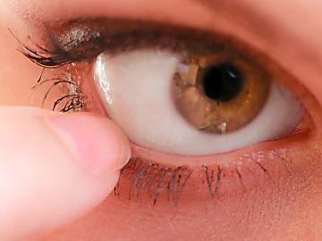 Relieve Your Chronic Dry Eye With These Simple Tips