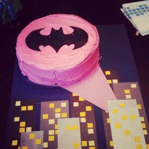 batgirl party decorations | Batgirl cake