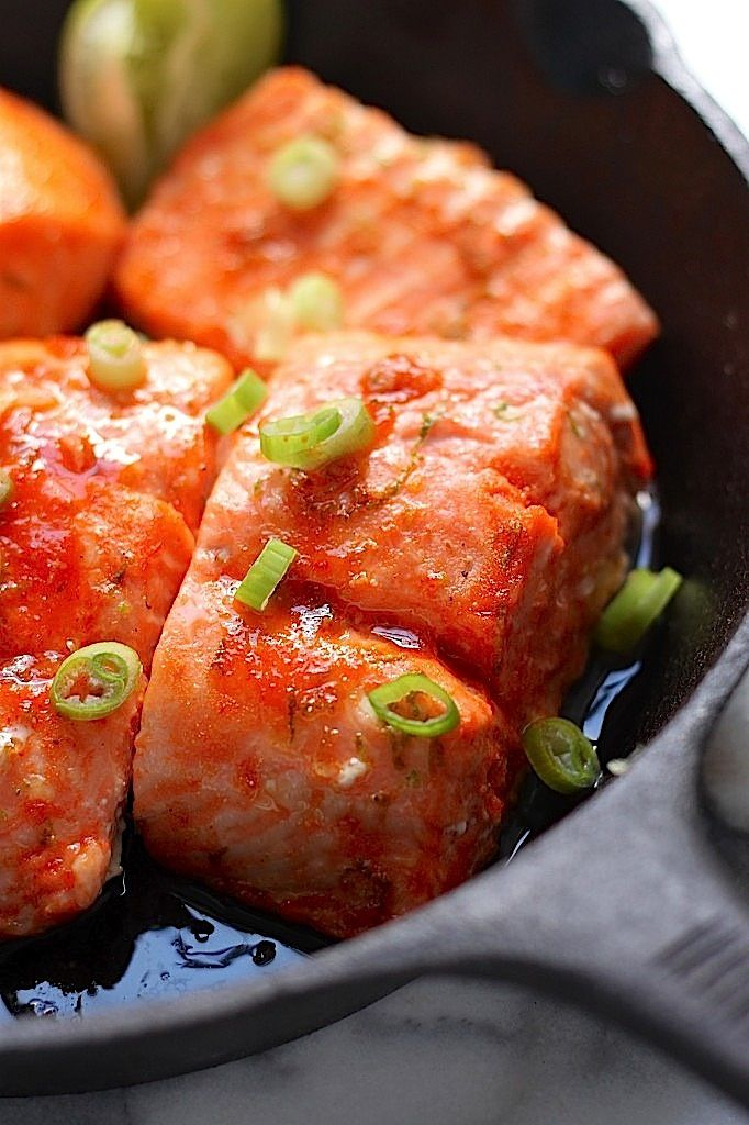 20 Minute Sweet and Spicy Sriracha Baked #Salmon recipe