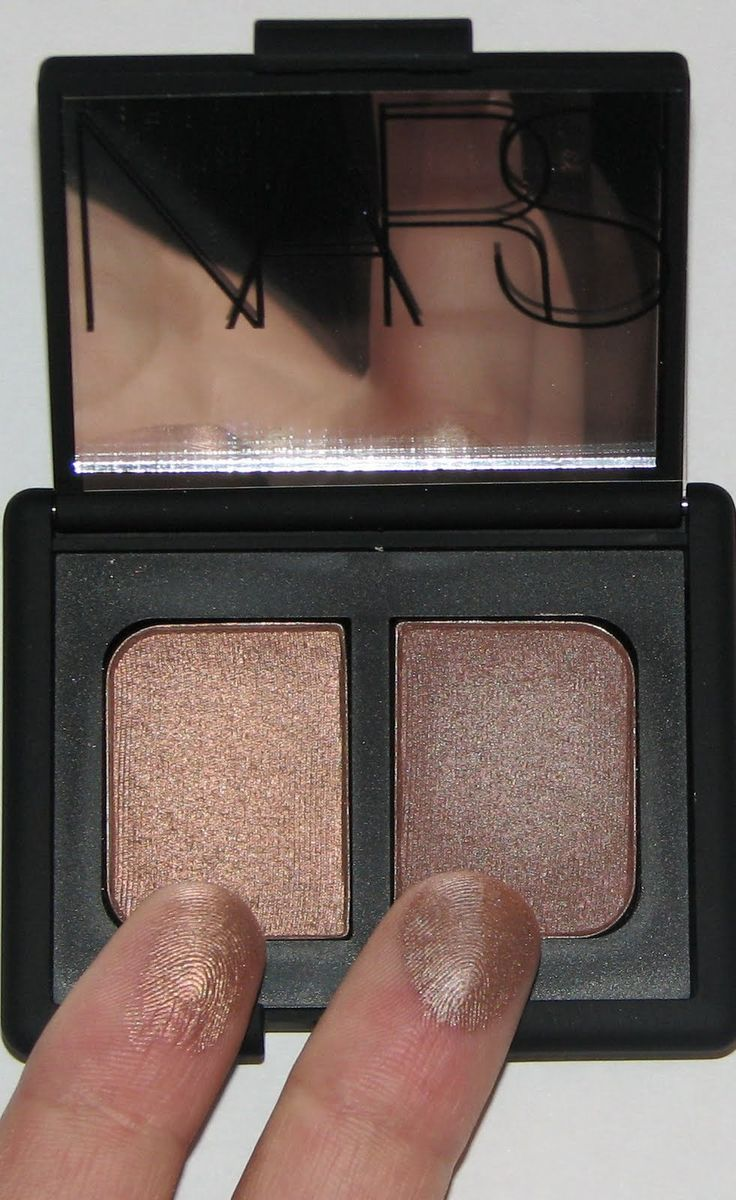 I'm a big fan of NARS eyeshadow and this is one of my favorite eyeshadow Duos ever. Nars Duo in Kalahari.