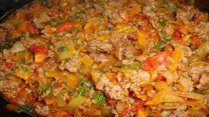 Говядина с кабачком по-костарикански может стать отличной начинкой для тако, гарниром или самостоятельным блюдом.