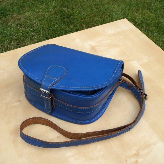 Leather shoulder bag  blue and brown  in good vintage by UKAmobile