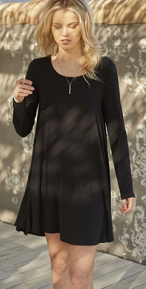 Latest fashion trends: Women's fashion | Jersey knit loose black dress with long sleeves