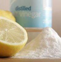 Ga voor groen: Maak je huis schoon met alleen maar zuiveringszout, azijn en citroen. Chemische overbelasting van het lichaam kan o.a.  veroorzaakt worden door agressieve reinigingsmiddelen. www.bodystressrelease.nl/wat-is-body-stress/oorzaken-van-body-stress/