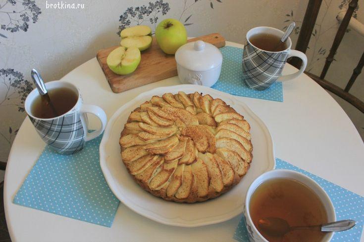 Рецепт яблочного пирога без яиц