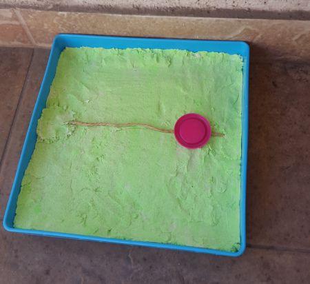 Juegos típicos para hacer con niños en casa: la rayuela