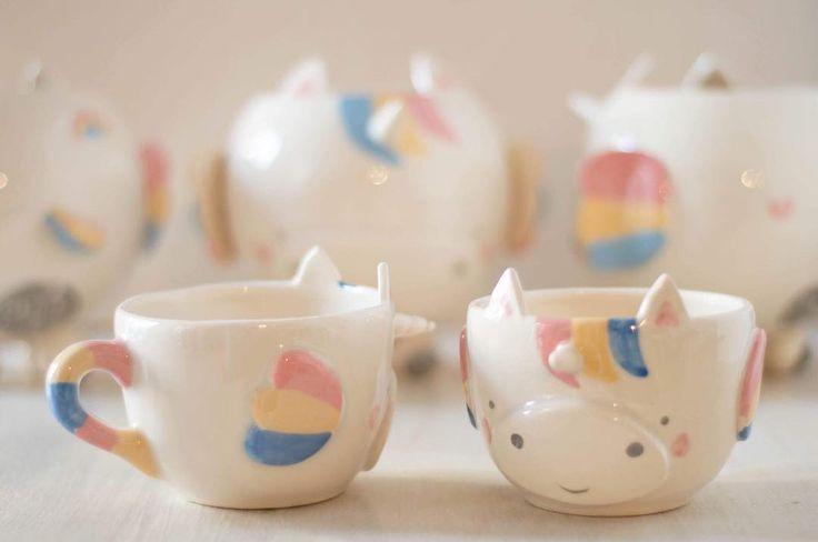 """136 Me gusta, 10 comentarios - Maria Cheli (@maria.cheli) en Instagram: """"Nuevas tazas unicornios , a partir de mañana las encontras en @mil_gracias1000"""""""