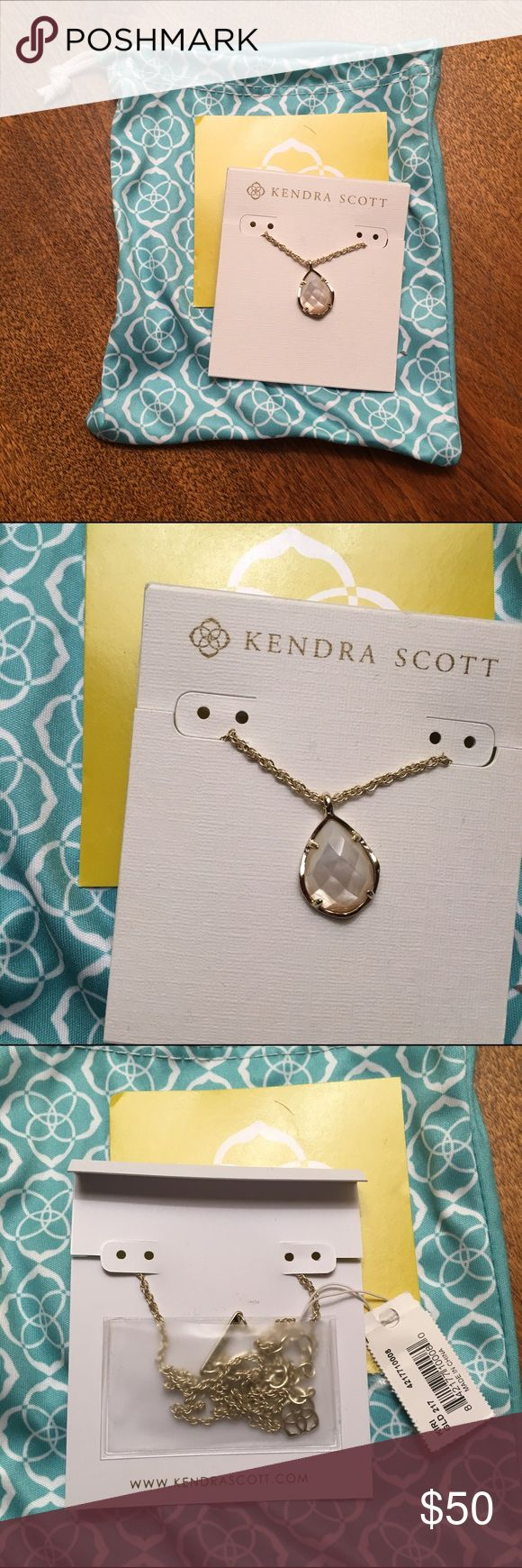 Kendra Scott Kiri necklace beautiful never worn Kiri necklace in ivory pearl by Kendra Scott Kendra Scott Jewelry Necklaces