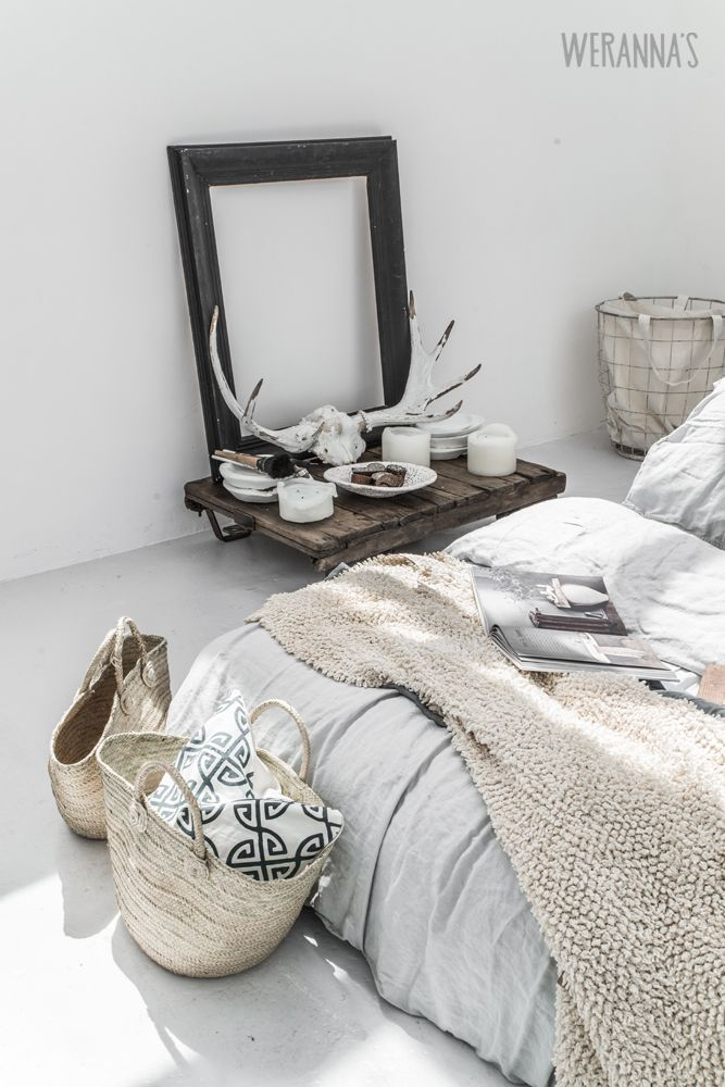 A gorgeous, stylish bedroom. For similar bedding try: http://www.naturalbedcompany.co.uk/shop/bedding/linen-bedding/