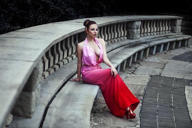 Dress from :https://www.facebook.com/JSPANACHE