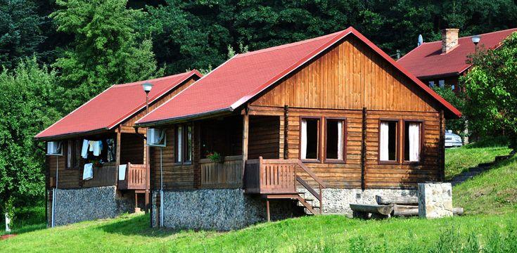 Złoty Potok Resort #DomkiWGórachNadJeziorem zapewniających najlepsze luksusowe samodzielne zawarte zakwaterowanie, nocleg i śniadanie i domki w Polsce.