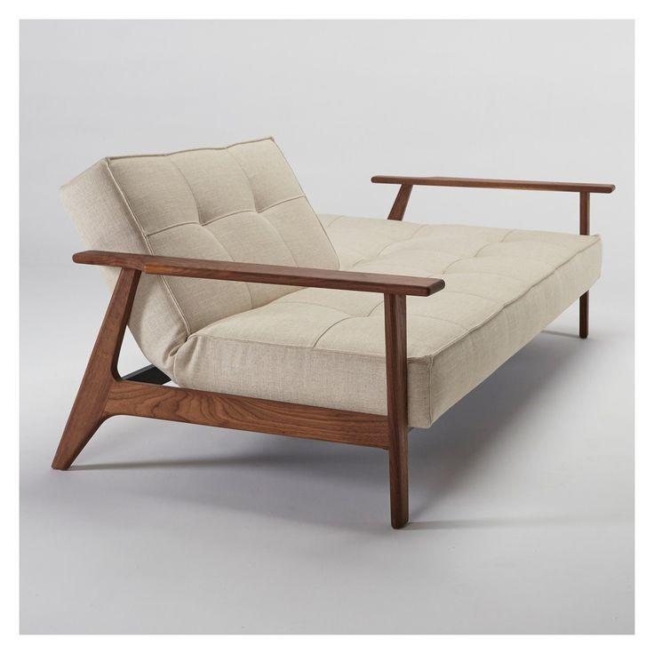 Le canapé-lit Crawford réinvente un style classique des années 1960 de façon contemporaine.