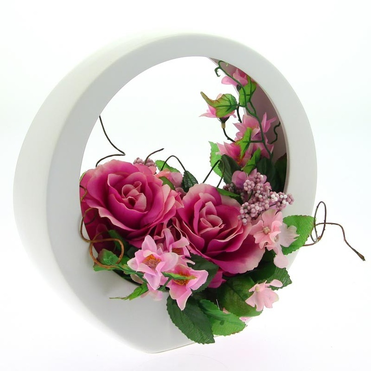 Composition florale ronde rose vases composition et roses for Composition florale table