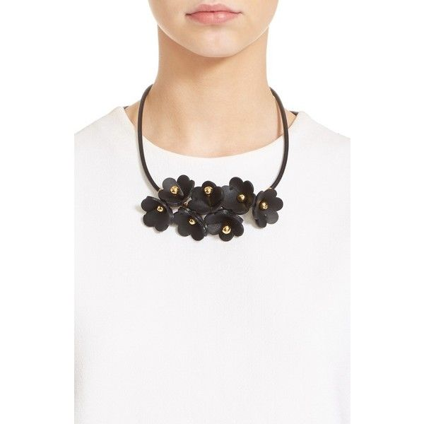 Marni Floral Calfskin Leather Necklace (7.805.700 IDR) ❤ liked on Polyvore featuring jewelry, necklaces, black, marni, floral pendant, floral statement necklace, marni necklace and bib statement necklace