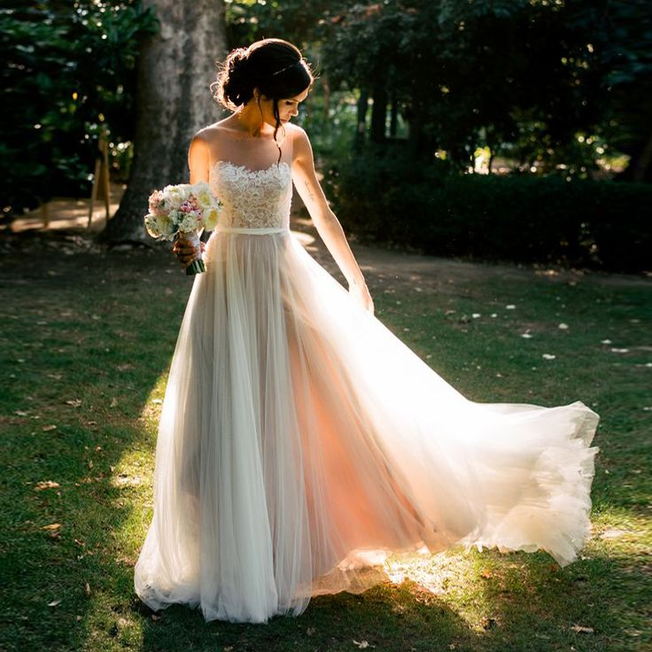 Cheap dress l, Buy Quality dress patterns evening gowns directly from China dress oriental Suppliers: Newest V Neck Lace A Line Wedding Dress Vestido de novia Covered Button Applique Beading Floor Length Bridal Gown YX193U