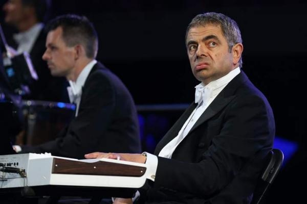 London 2012 Opening Ceremony: Mr Bean steals the show.