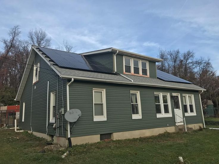 Another solar and vinyl siding project completed in Blandon PA by Pinnacle Exteriors. If you have exterior home improvement needs let Pinnacle Exteriors be your one stop.  #housegoals #solarlights #greenenergy #solar #solarsystem #solarworld #solarhouse #greenmatters #gogreen #renewableenergy #renewable #sunshot #sunshotz #climatechange #climateaction #cleanenergy #environment #cleanenvironment  #solarpower #solarpowered #energy #sunpower #savetheearth #contractor #berkscounty #vinylsiding…