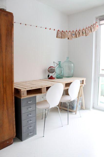 Desk with pallet #huge jars