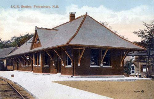 FREDERICTON, New Brunswick - rail station   -   Eastlake Stick Style architecture  OL