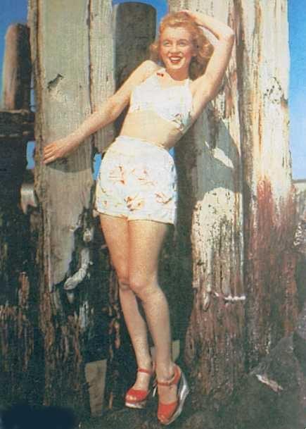 Marilyn Monroe: Marilyn Monroe Normajeane1, Jeans Baker, Marilyn Norma, Beautiful Marilyn, Norma Jeans, Jeans Mortensen, Marylin Monroe, Marilyn Monroenormajeane1, Marilyn Cherie