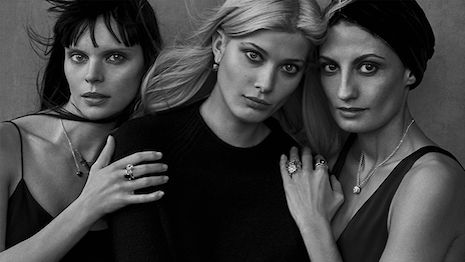 Luxury Daily Pomellato portrait series features real women to speak to global consumer base  Pihla Hintikka Larissa Hofmann and Helen Nonini for Pomellato 2017 photo by Peter Lindbergh  Italian jeweler Pomellato is dedicating its 2017 advertising campaign to women in all their authentic beauty.  Pared down simplistic and realistic campaign imagery has grown in popularity as brands have continuously aimed to speak directly to the everyday consumer who is now more laid back and casual than…