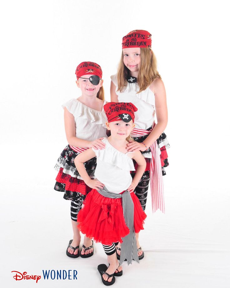 Disney_cruise_pirate_1B