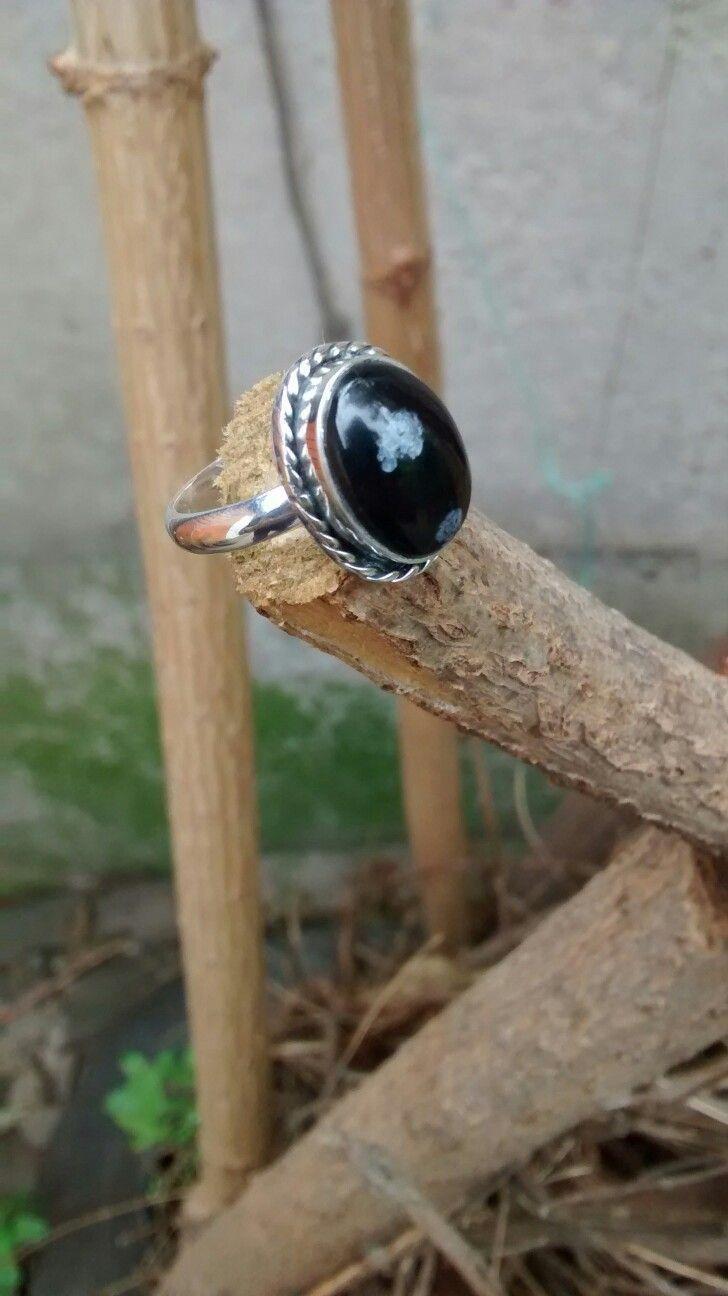 Anillo de plata con obsidiana Nevada por joyas edumar