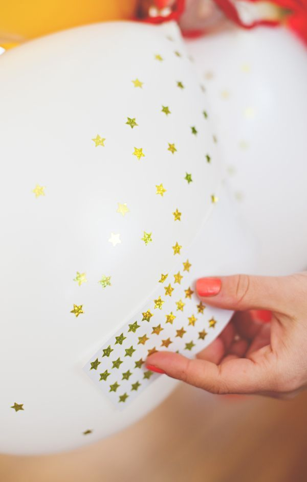 Sticker star balloons