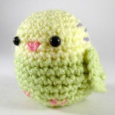 Free crochet mini cockatiel amigurumi pattern