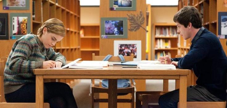 #LoganLerman ed #EmmaWatson in una foto da #NoiSiamoInfinito, in uscita al #cinema il 14 febbraio.