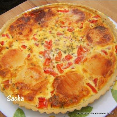 Tarte au picodon , thym et tomates sur une pâte brisée au vin blanc