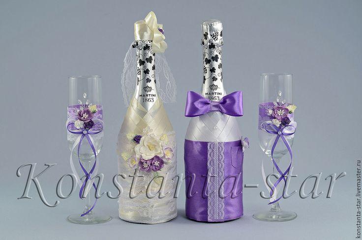Купить или заказать Декор свадебного  шампанского  Нежность магнолии в интернет-магазине на Ярмарке Мастеров. Две декорированные бутылки свадебного шампанского 'Нежность магнолии '. В декоре использованы атласные ленты, нежное кружево, цветочки, хрустальные вставки. Цветовая гамма костюма 'Жениха' и форма платья 'невесты', может быть любой по вашему желанию! Стоимость бутылок не входит в стоимость украшения. Мы приобретём нужное Вам шампанское сами и включим чек в стоимость.????…