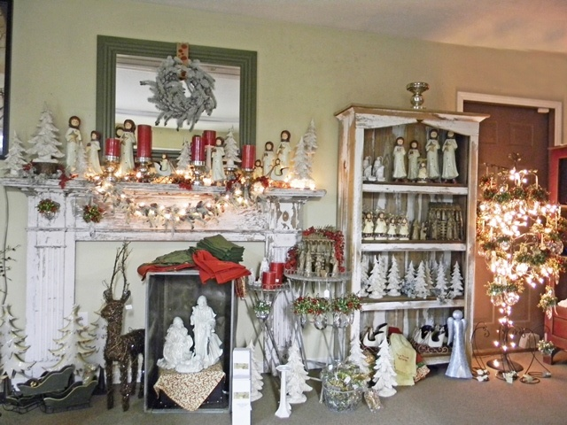 Vintage red and white Christmas display!