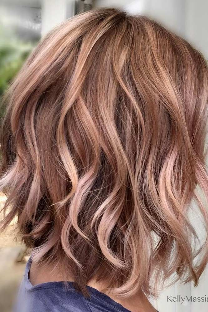 Fun and sexy short hairstyles. We have compiled a list of our favorite short hairstyles for fine hair for your benefit.