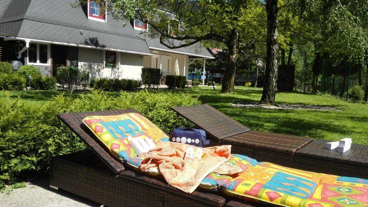 ESSENS Sun Care Set  sun-setVýhodný set obsahuje všech pět jedinečných produktů ESSENS Sun Care za neuvěřitelně výhodnou cenu!!! Zdarma navíc získáte praktickou taštičku ESSENS a Katalog ESSENS Sun Care! http://essensclub.cz/novinka-produktova-rada-essens-sun-care/