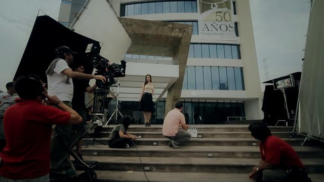 Behind the scenes / detrás de cámaras tv commercial Behind the scenes for a tv commercial I produced & directed for a cooperative bank in Mexico. The actress is Anette Michel, a very nice and professional mexican model and actress.