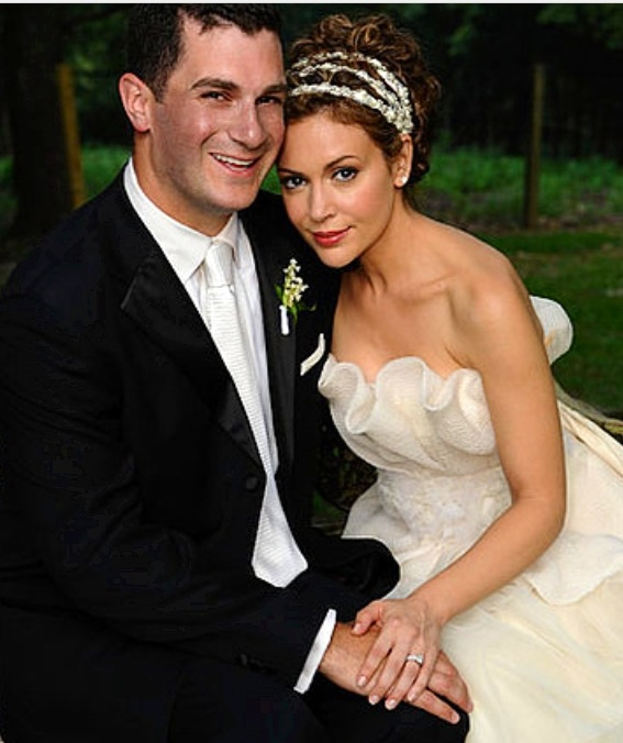 Grown Up Now Alyssa Milano On Her Wedding Day To Dave Bugliari On Aug 15th 2009