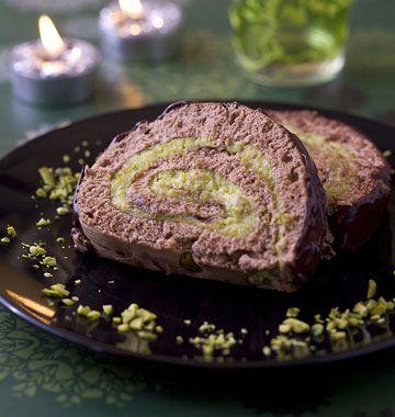 Bûche de Noël chocolat pistache