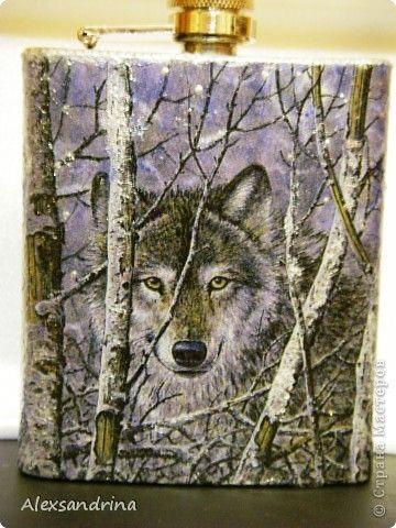 Подарок другу, который часто подолгу живет на даче один - одинокий волк...))…