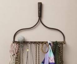 jewelry holder, couldn't find the actual site...