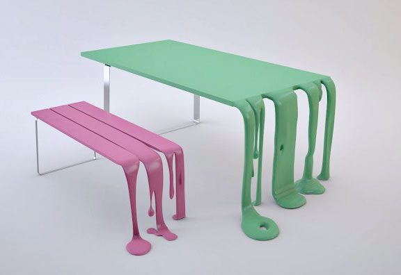 smooth and smoothie bench and table
