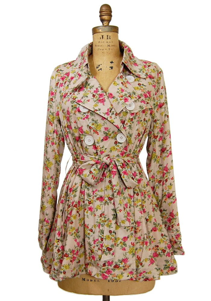 Floral Trench Coat awww love everything floral <3: Floral Patterns, Dreams Closet, Rain Boots, Clothing Sho, Floral Coats, Coats Dresses, Jackets Coats, Trench Coats, Floral Trench