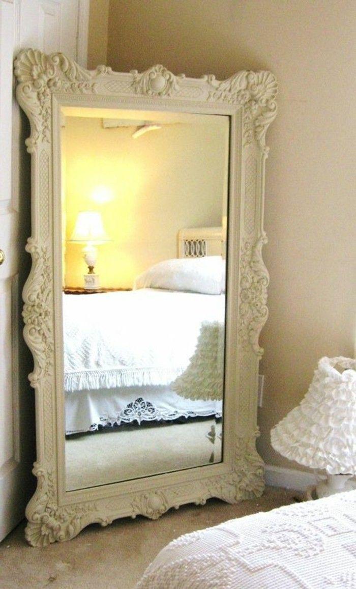 Comment décorer avec le grand miroir ancien - idées en photos