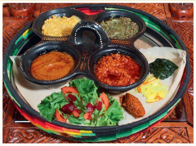 #Café #Restaurant Abyssinia, Lausanne, Neuchâtel, Sion - Découvrez l'Ethiopie dans votre assiette : cuisine traditionelle avec differents plats végétariens. Cérémonie du café et fêtes en groupe.