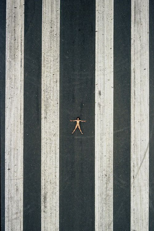 Photographer Captures Nude Subjects From High Up In The Skies - DesignTAXI.com