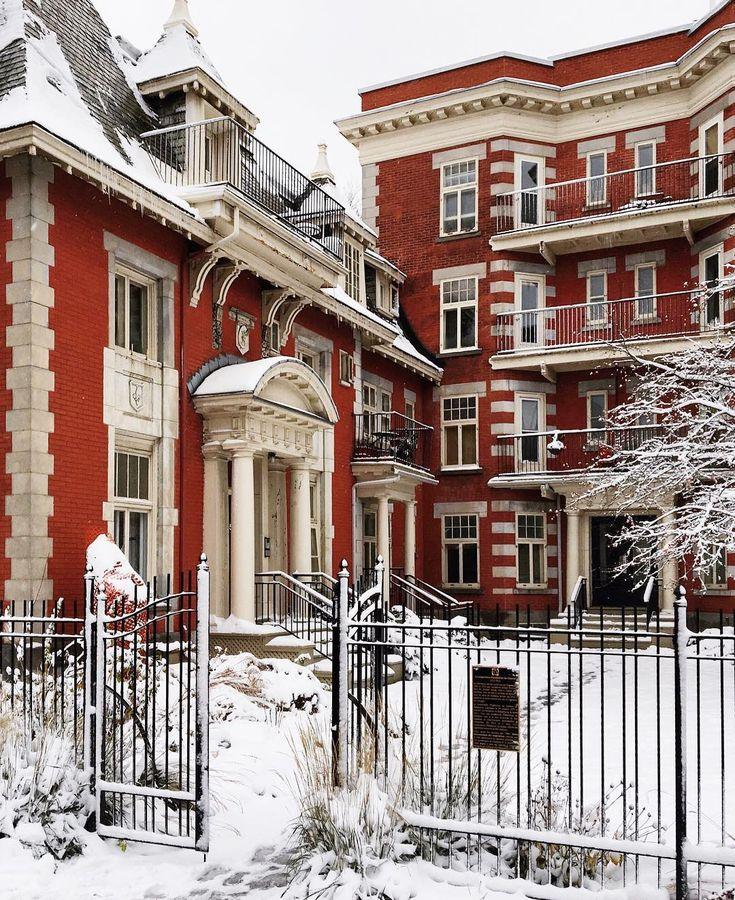 ❄️❤️La première neige a tenu le coup! #MontréalEnBlanc